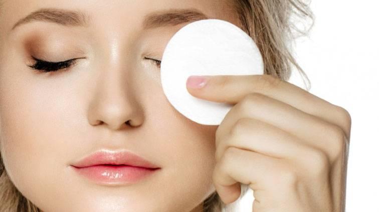 ASMR makeup roleplay